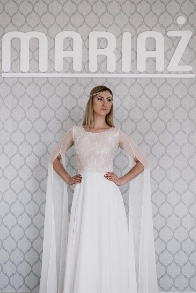 Sukienka pierwsza 2 foto