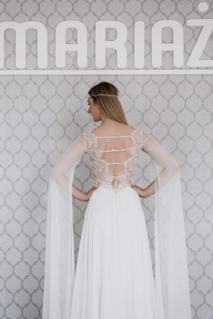 Sukienka pierwsza